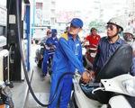 Giá xăng dầu giảm gần 400 đồng/lít