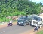 Xe bồn chạy lấn làn suýt gây tai nạn thảm khốc