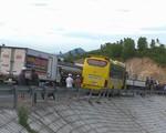 Truy tìm lái xe container gây tai nạn chết người rồi bỏ trốn - ảnh 1