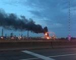 Cháy nổ lớn tại nhà máy lọc dầu ở bang Pennsylvania, Mỹ