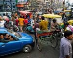Nhiều phụ nữ Ấn Độ bán nữ trang để trang trải cuộc sống - ảnh 1