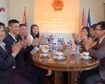 Đại sứ quán Việt Nam tại Mông Cổ gặp mặt các du học sinh