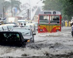 Sập tường do mưa lớn tại Ấn Độ, ít nhất 15 người thiệt mạng