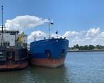 Ukraine trả tự do cho thủy thủ đoàn tàu chở dầu của Nga