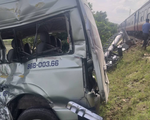 Tàu hỏa tông ôtô ở Bình Thuận, 3 người chết
