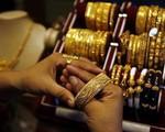 Giá vàng tăng cao, nhà đầu tư nên làm gì?