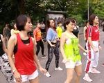 Hàng ngàn người Bulgaria nhảy thiền trong hơn 1 giờ - ảnh 1