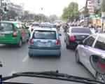 Taxi truyền thống chuyển đổi thành taxi công nghệ: Liệu có khả thi?