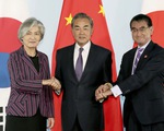 Ngoại trưởng Trung Quốc - Nhật Bản - Hàn Quốc hội đàm tại Bắc Kinh