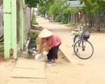 Cảm phục người phụ nữ nhặt ve chai để giúp học sinh nghèo