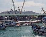 """""""Nóng"""" tình trạng quá tải bến tàu du lịch ở vịnh Nha Trang"""