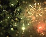 Hàng nghìn người dân đội mưa xem pháo hoa tại Sapa