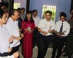 Thủ tướng thăm Nhà lưu niệm Bác Hồ tại Huế
