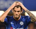 'Bom tấn' than trời vì kiếp dự bị, người hâm mộ Chelsea nói gì?