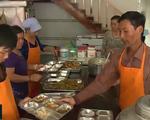 Bếp cơm từ thiện ở An Giang: San sẻ yêu thương với những người còn khó khăn