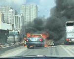 TP.HCM: Xe khách bất ngờ cháy rụi khi chờ khởi hành - ảnh 1