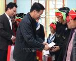 Trưởng ban Tuyên giáo Trung ương thăm, tặng quà Tết các hộ nghèo, gia đình chính sách tại Hà Giang