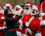 Các nước châu Âu chuẩn bị đón Giáng Sinh trong thận trọng
