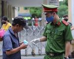 Quận Hoàn Kiếm xử phạt vi phạm không đeo khẩu trang hơn 300 triệu đồng trong 4 ngày nghỉ lễ