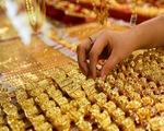 Giá vàng tiếp tục tăng 'dựng đứng'