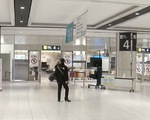 Cảnh vắng vẻ chưa từng thấy tại các sân bay Nhật Bản dịp lễ