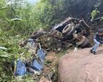 Xe tải lao xuống vực sâu khoảng 250m, 3 người thương vong