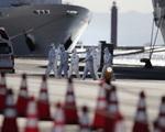 Nhật Bản sẽ cho phép những người già yếu rời du thuyền Diamond Princess