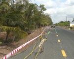 Hàng loạt tuyến đường ở Cà Mau bị sụt lún vì hạn mặn