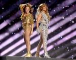 Trình diễn tại Super Bowl, Shakira và Jennifer Lopez không được trả thù lao