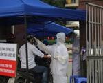 Binh chủng Hóa học phun khử trùng tiêu độc Bệnh viện Bạch Mai - ảnh 7