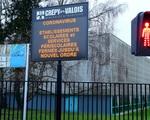Pháp đóng cửa nhiều trường học do COVID-19