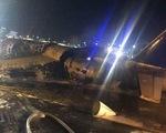 Máy bay phát nổ và bốc cháy dữ dội ở Philippines