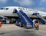 Canada yêu cầu toàn bộ hành khách đi máy bay phải đeo khẩu trang