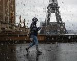 Số ca tử vong vì COVID-19 tại Pháp tăng mạnh trở lại