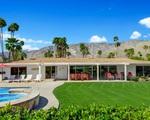 """""""Ngôi nhà mơ ước"""" của Walt Disney được bán với giá 1,1 triệu USD"""