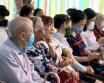 Nắng nóng, người già nhập viện tăng cao
