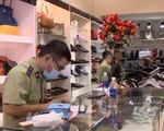 Bắt giữ nhiều túi xách, giày, đồng hồ... 'real 1:1' giả thương hiệu nổi tiếng