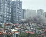 Kịp thời dập tắt đám cháy tại khu nhà tạm ở Hoàng Mai