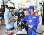 Giá xăng dầu 'đứng im', người dân yên tâm chơi Tết