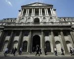 BoE bơm hàng trăm tỷ Bảng, cứu kinh tế Anh