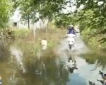Trà Vinh: Sau mưa khu dân cư ngập chìm trong nước