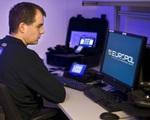 Đức điều tra mạng lưới tội phạm ấu dâm trực tuyến