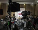'Nữ hoàng' bán hàng online từ mỹ phẩm cho đến… tên lửa, và ngành công nghiệp livestreaming tỷ đô