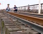 Bộ Giao thông Vận tải sẽ ưu tiên kinh phí duy tu, sửa chữa cầu Long Biên - ảnh 3
