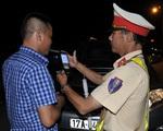 Nể khách uống 1 chén rượu, lái xe bị tước giấy phép 1 năm