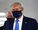 Tổng thống Donald Trump bất ngờ tuyên bố: Đeo khẩu trang là... 'yêu nước'