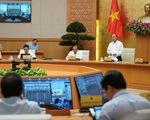 Thủ tướng yêu cầu bình tĩnh, không chủ quan với COVID-19, điều tra, truy vết quyết liệt