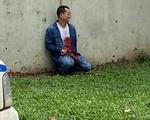 TP.HCM: Người đàn ông dùng hung khí tự mổ bụng lòi ruột