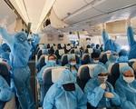 TP.HCM đón 300 du khách mắc kẹt tại Đà Nẵng