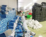 25 tấn găng tay 'bẩn' đã bị thu giữ